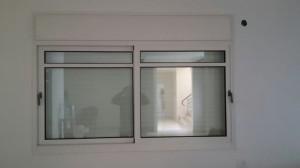 Окно и трисы из алюминия