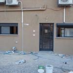 Жалюзи и дверь в бельгийском стиле