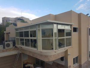 Остекление балкона алюминивые перегородки