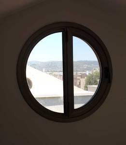 4300 חלונות עגולים דגם קליל