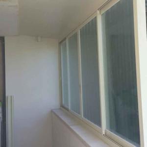 Застекление балкона в Хайфе